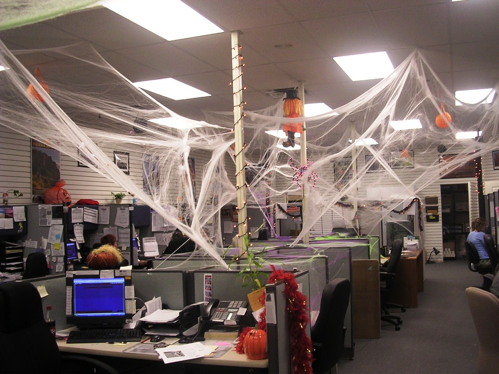 Decorate The Office